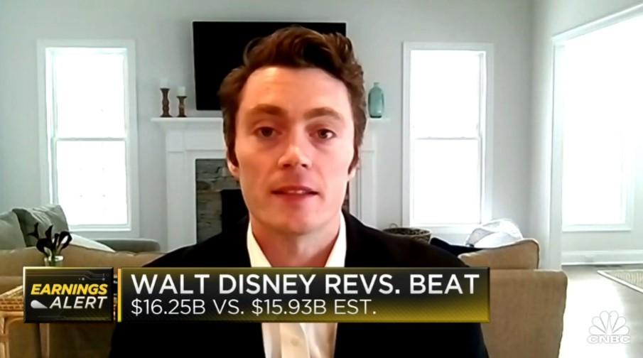Rosenblatt's Bernie McTernan and CFRA's Tuna Amobi discuss Disney earnings