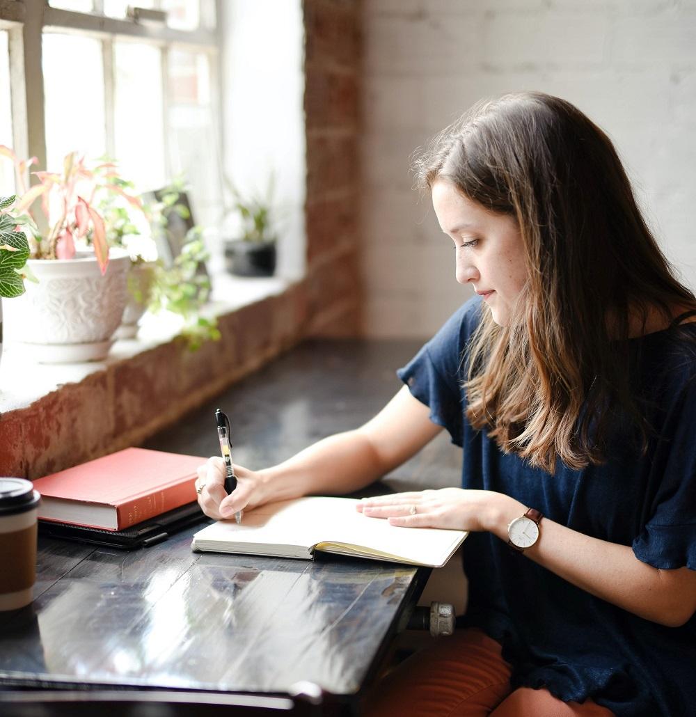 Schreibe einen Abschlussbericht