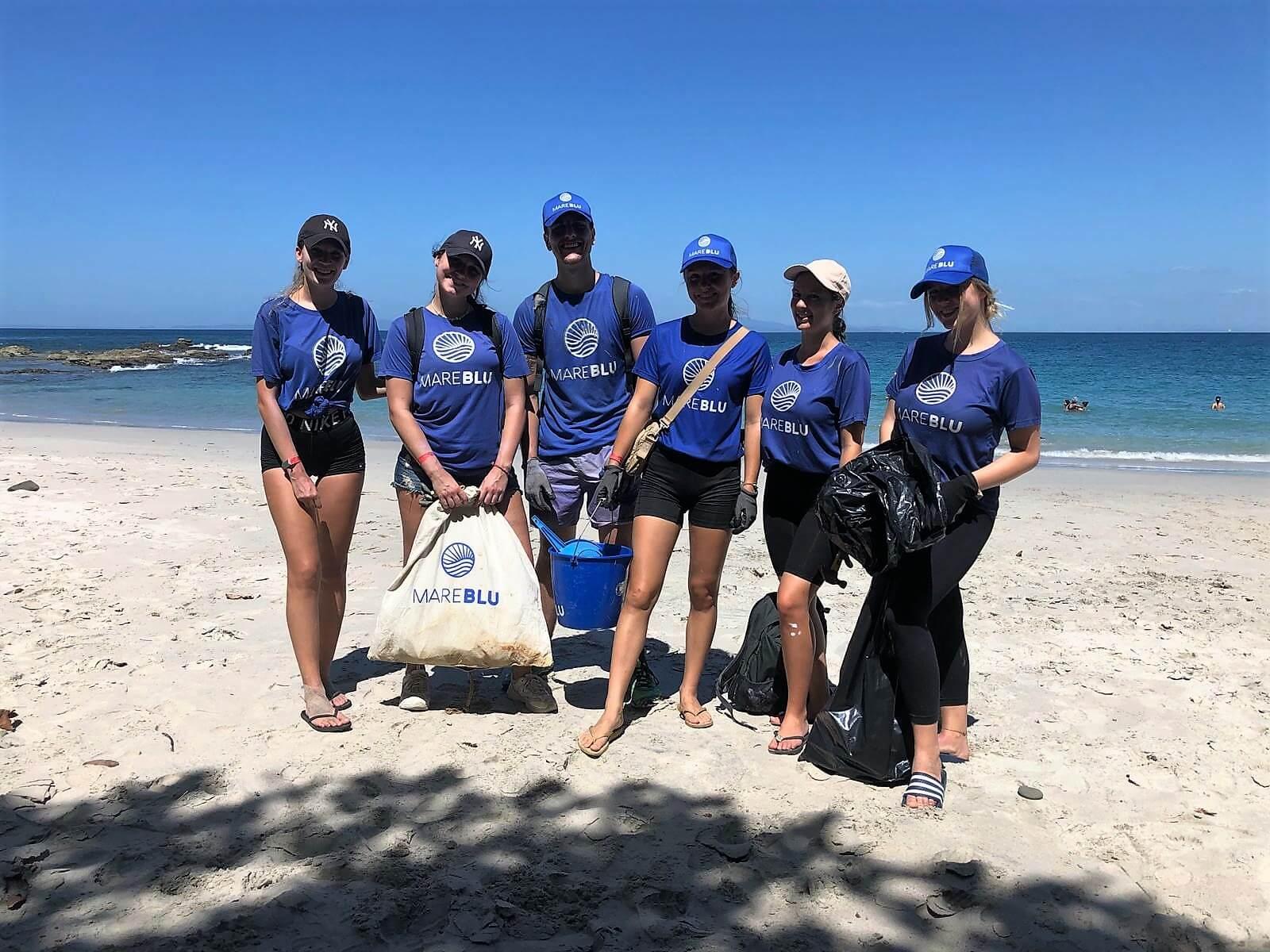 Das Team im Freiwilligenprojekt MareBlu