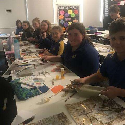 Temora Public School students doing the lesson