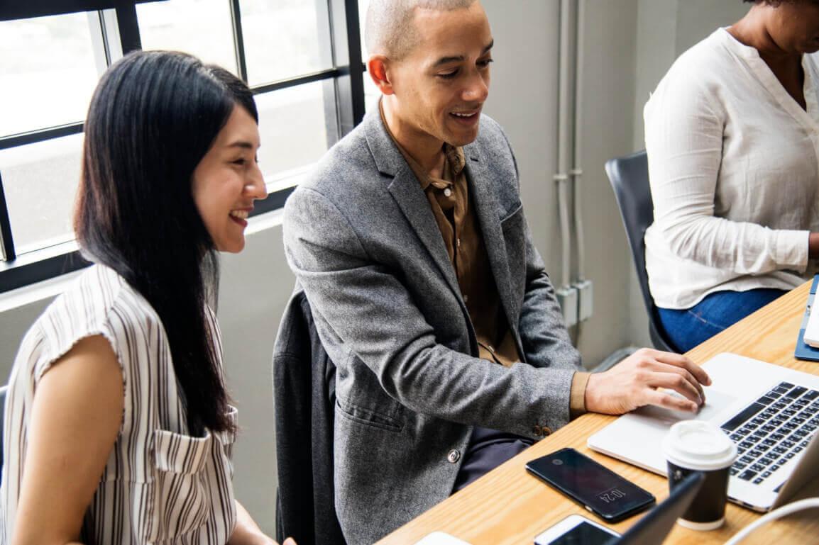 Andragogia: descubra o que é e como utilizar na sua empresa