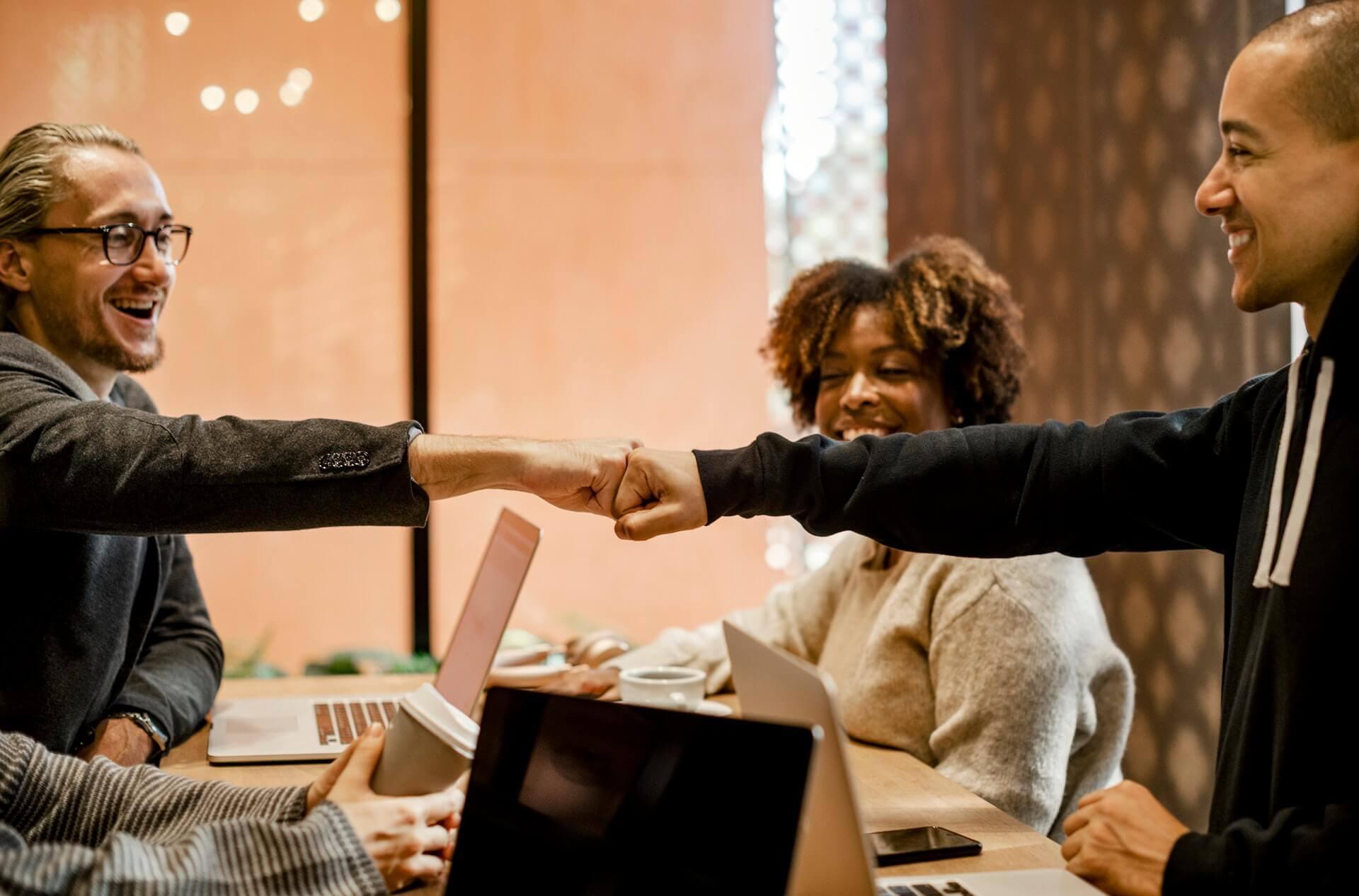 A importância da comunicação empresarial e como melhorá-la