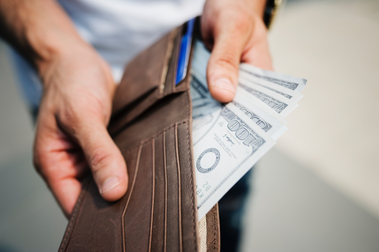 O que é remuneração variável? Vale a pena aplicá-la?