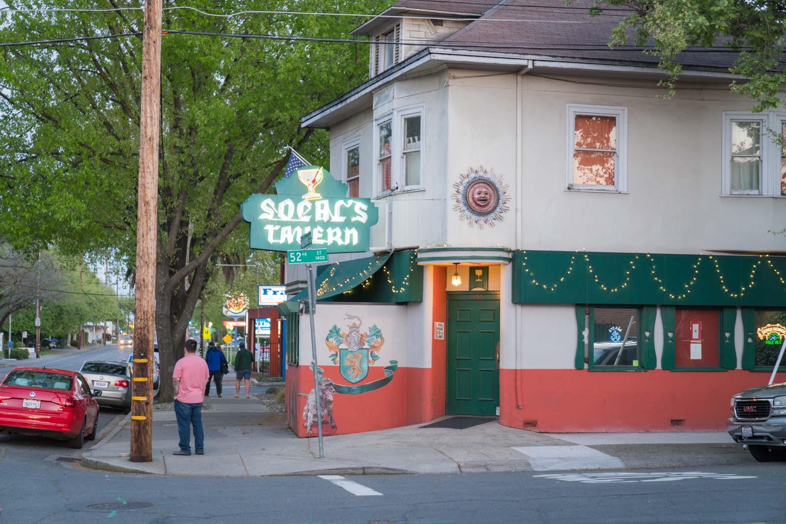 Exterior of Socal's Tavern in Sacramento, CA