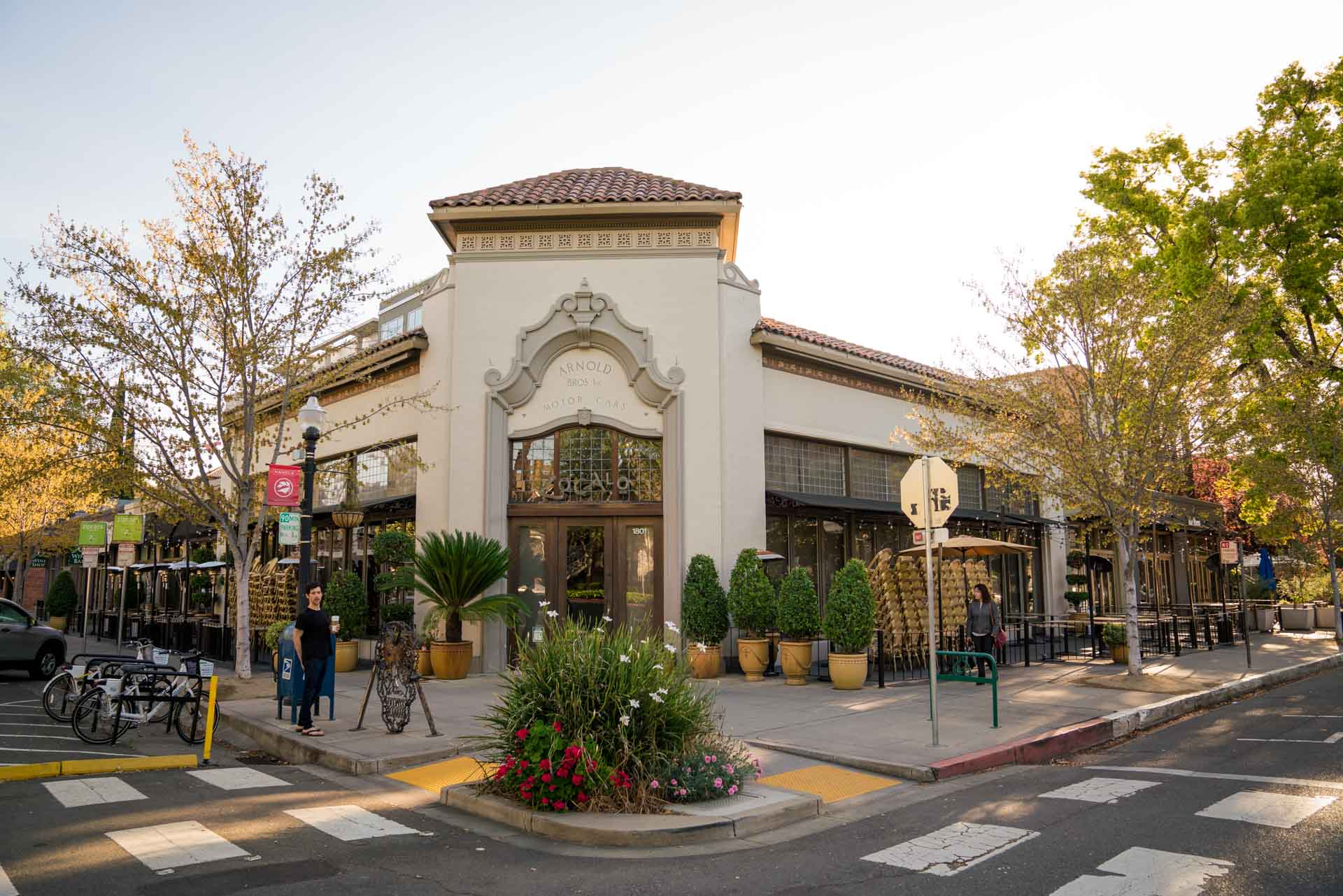 Exterior of Zocalo in Sacramento, CA