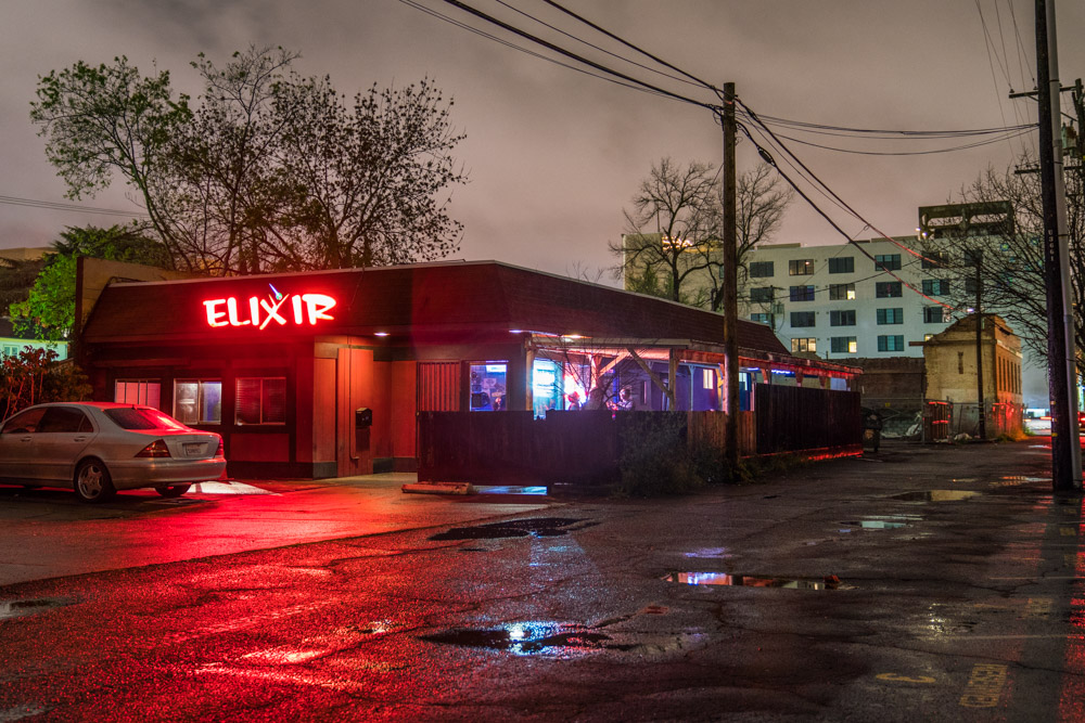 The outside of dive bar Elixir in Midtown Sacramento for Visit Sacramento.