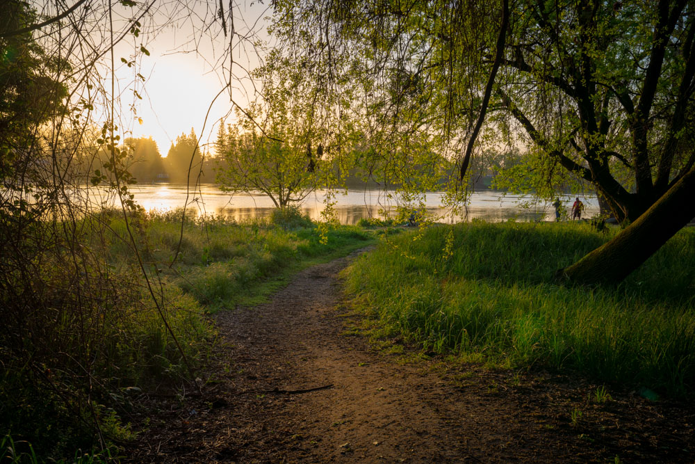 American River Park was recommended as one of the best parks by Sacramento locals.