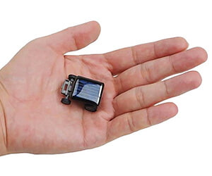 worlds smallest solar car robot