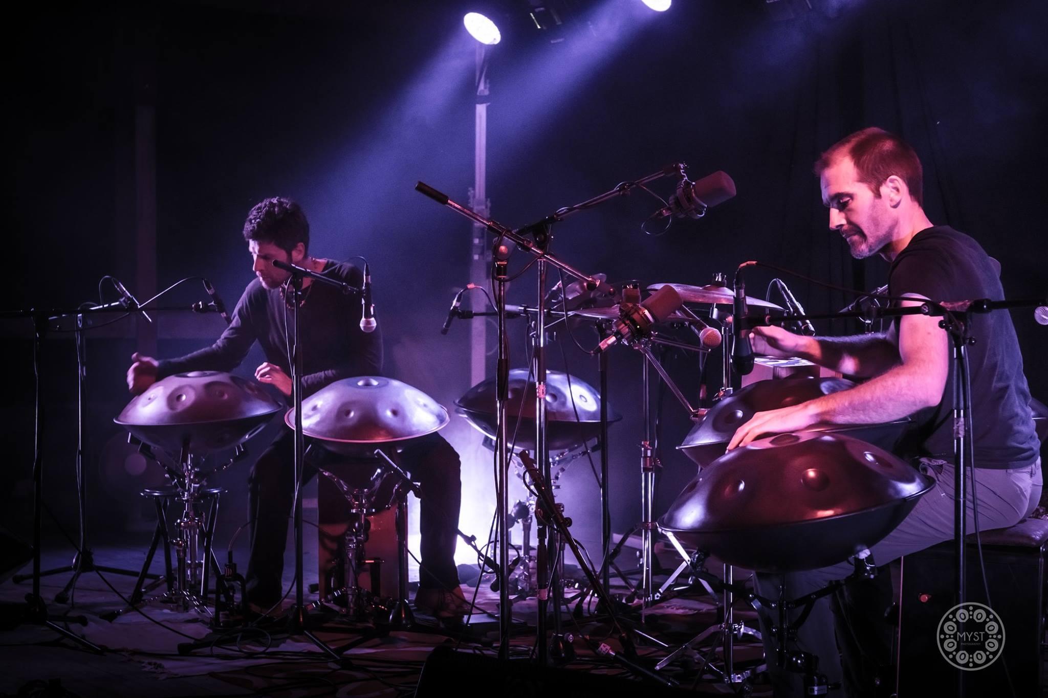 Discover an amazing handpan duet: TWINPAN