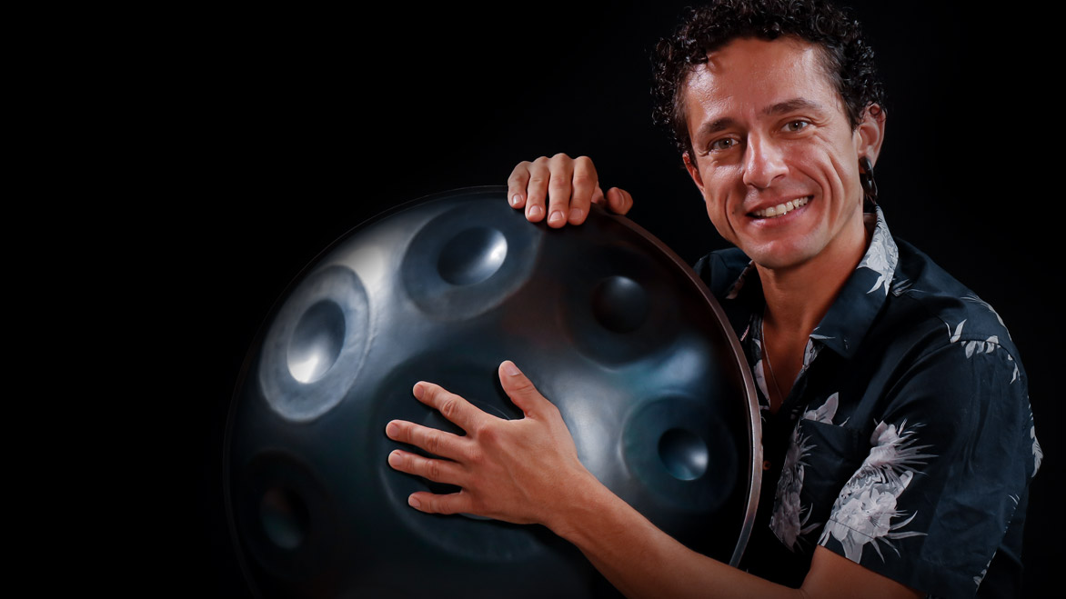Interview with the Grammy nominated handpan player Alexandre Lora