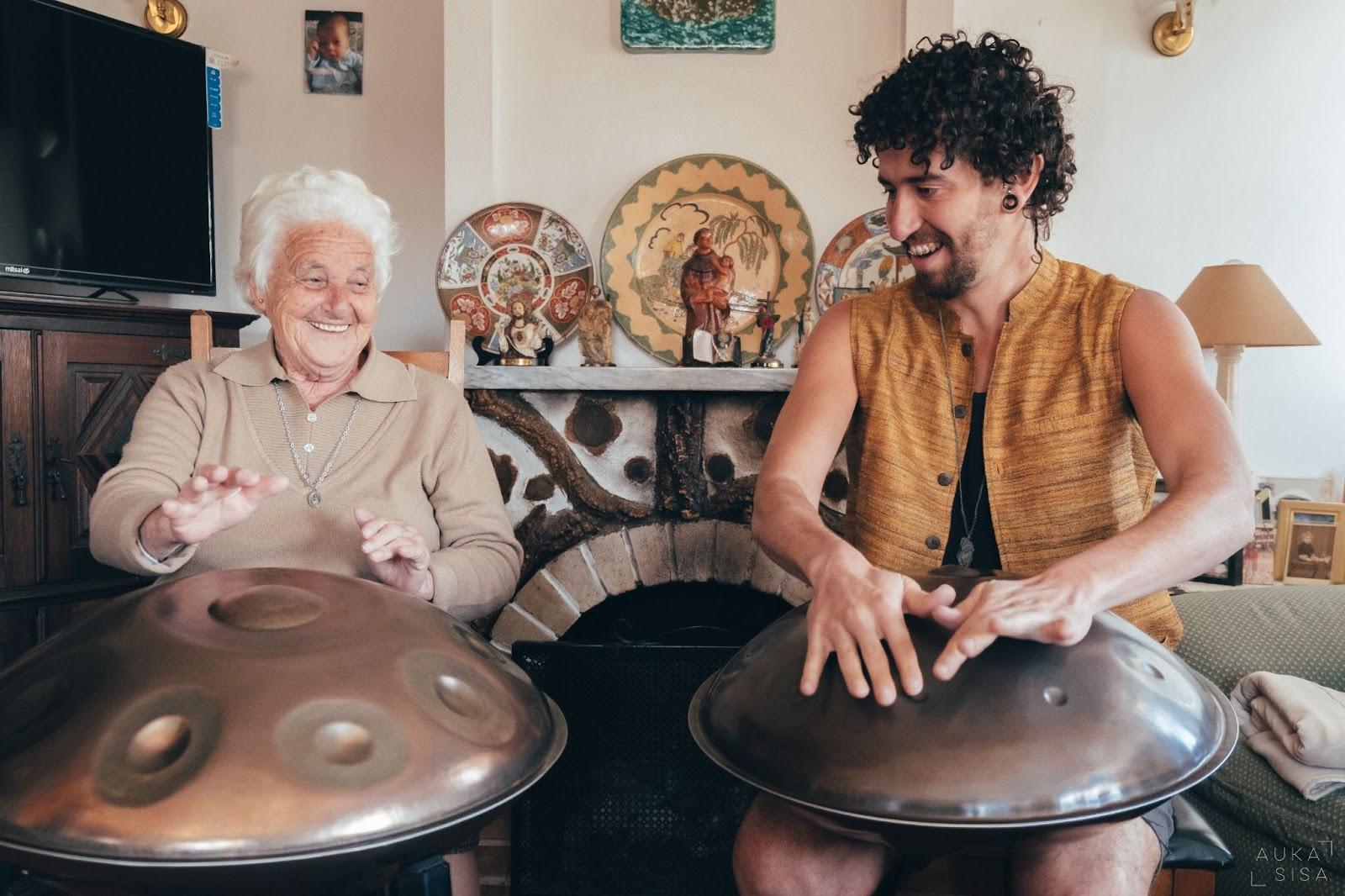 Kabeção's grandmother plays handpan