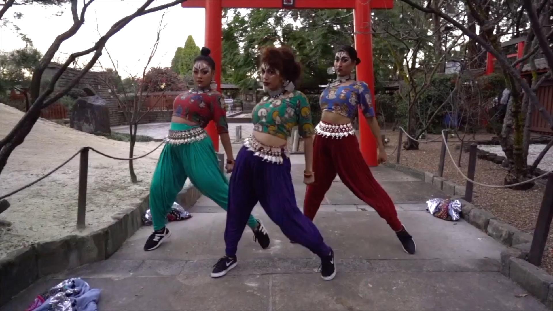Indian dance – 4. Fusion part 3