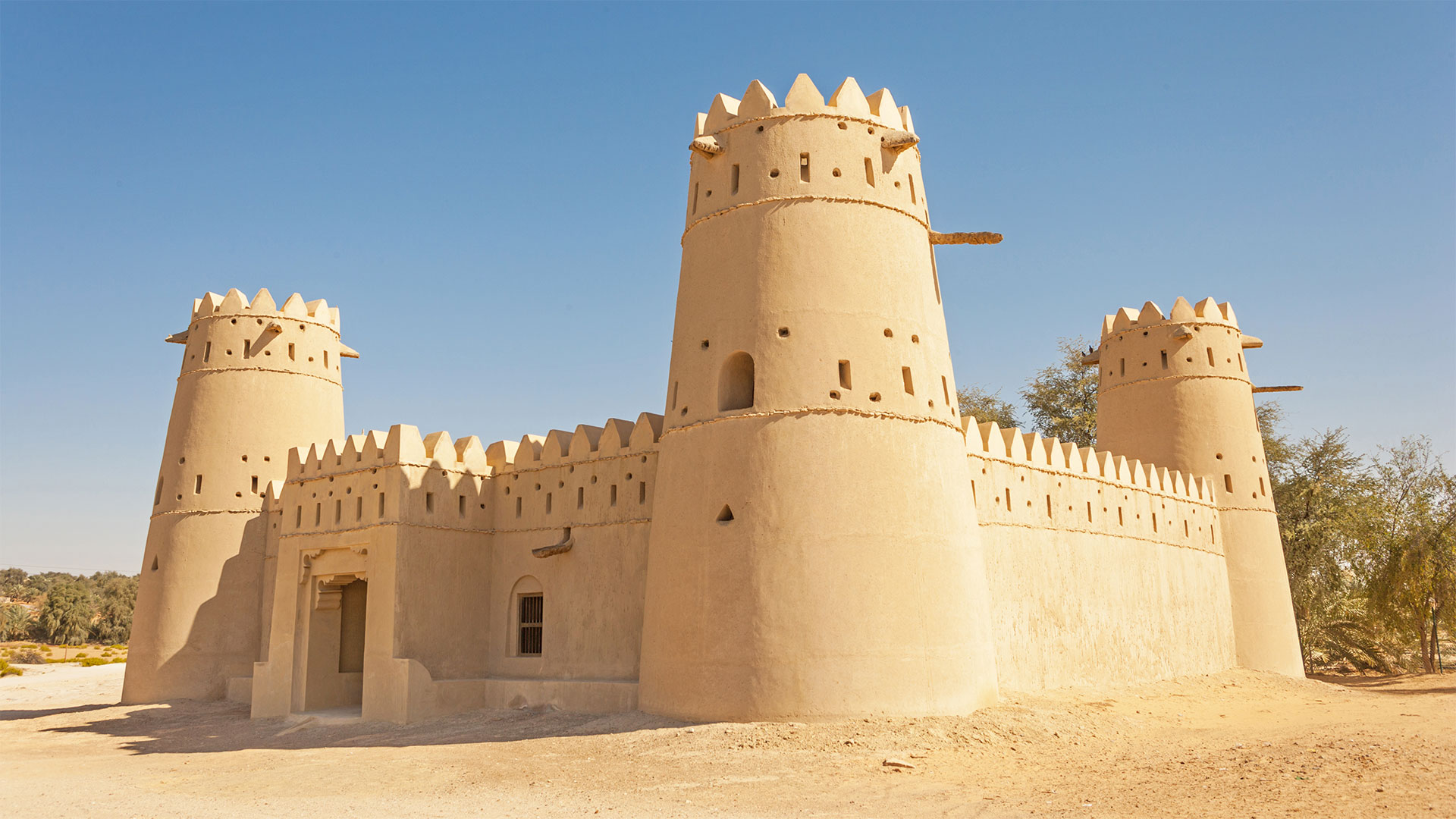 6 Awesome Activities to Improve Your English in Ras Al Khaimah