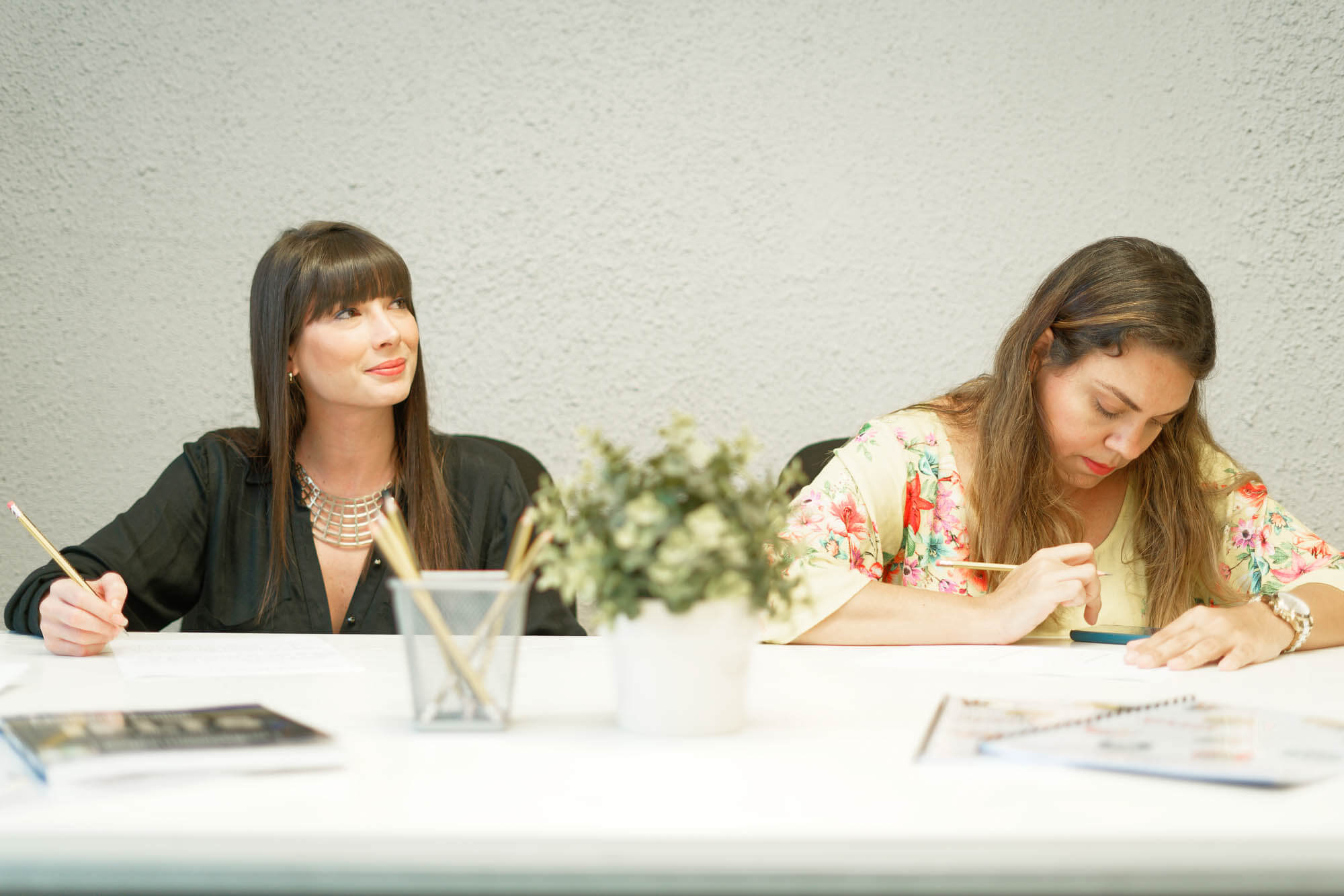 two female Students studying English in Dubai