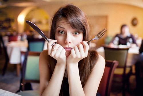 «Maman, arrête le fat talk, je mange en pleine conscience!»
