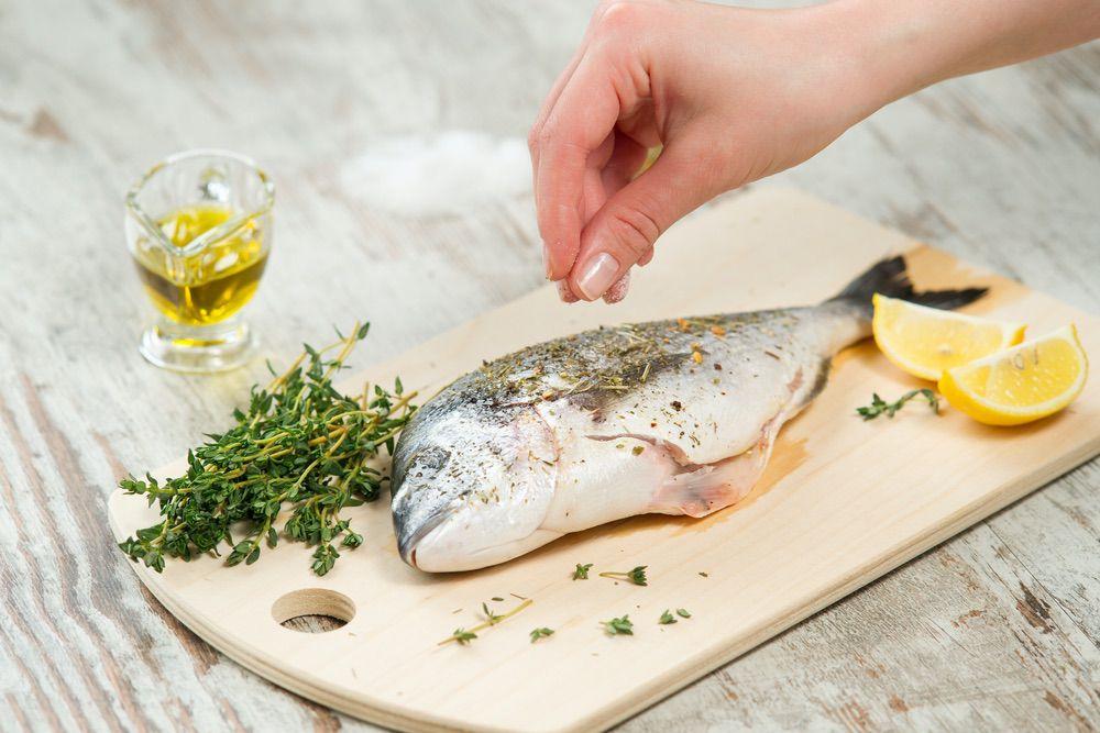 Femmes en âge de procréer : manger du poisson, oui, du mercure, non