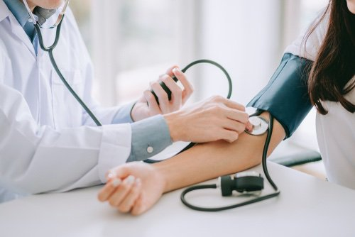 Risque d'hypertension artérielle en cas de trouble dépressif majeur : les femmes davantage épargnées ?