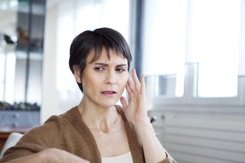 Tabagisme et audition : des effets nocifs en partie liés au sexe ?