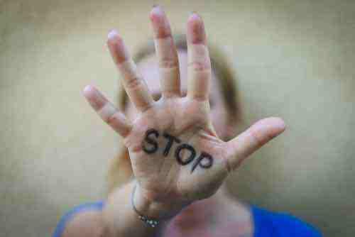 Violences conjugales : l'hôpital doit encore écrire son rôle