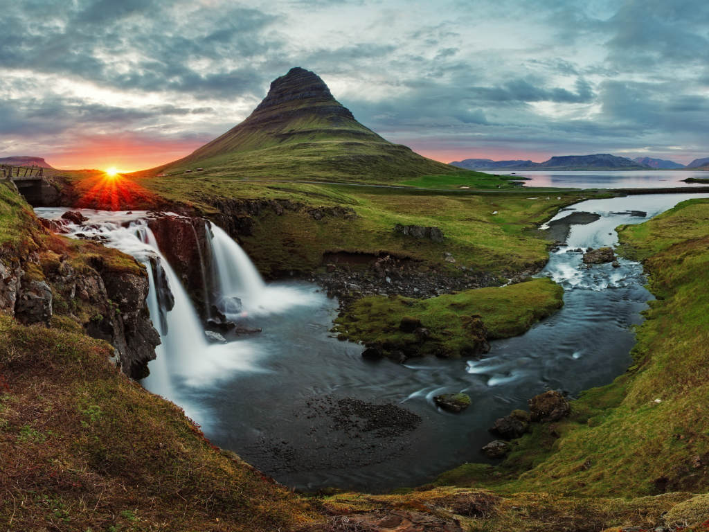 Kirkjufell, Snaefellesness Peninsula, Iceland