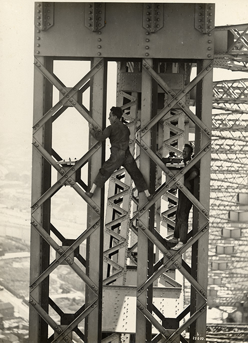Sydney Harbour Bridge construction worker