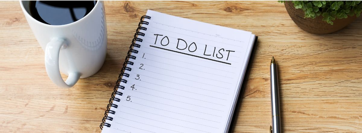 To do list on notepad