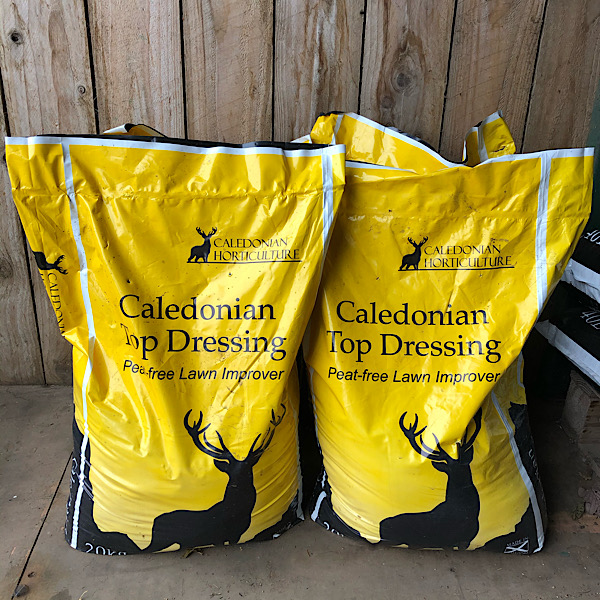 20kg Caledonian Top Dressing - COLLECTION ONLY - choose from 20kg or 80kg (in 4 bags)