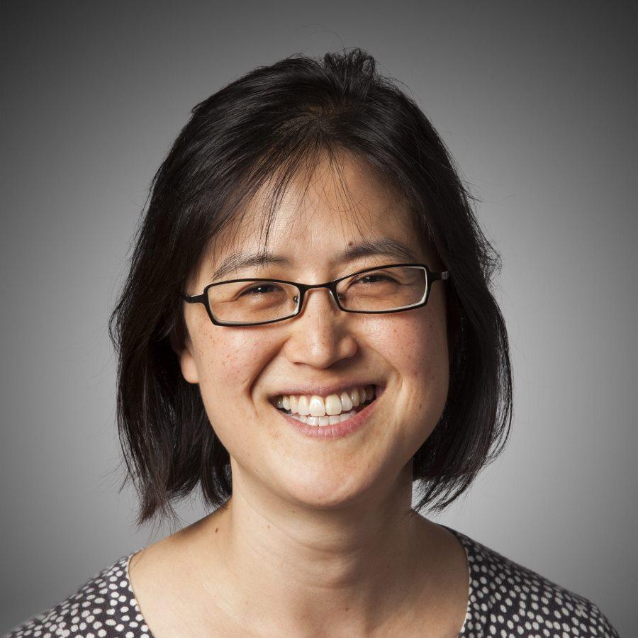 JeeYeun Lee Headshot