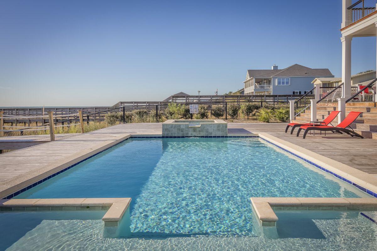 Generic personal swimming pool