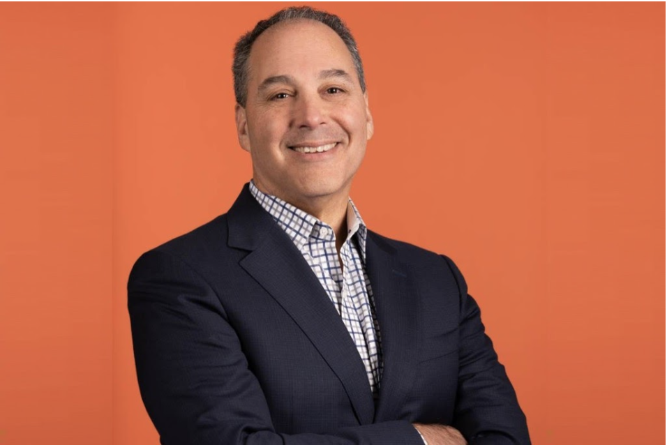 Comparably Presents Former Yahoo COO & Silicon Valley Veteran on How He Digitally Transformed Chegg into an $11B Powerhouse