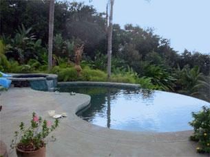 Chemical-free and salt-free vanishing edge pool installed in Hawaii