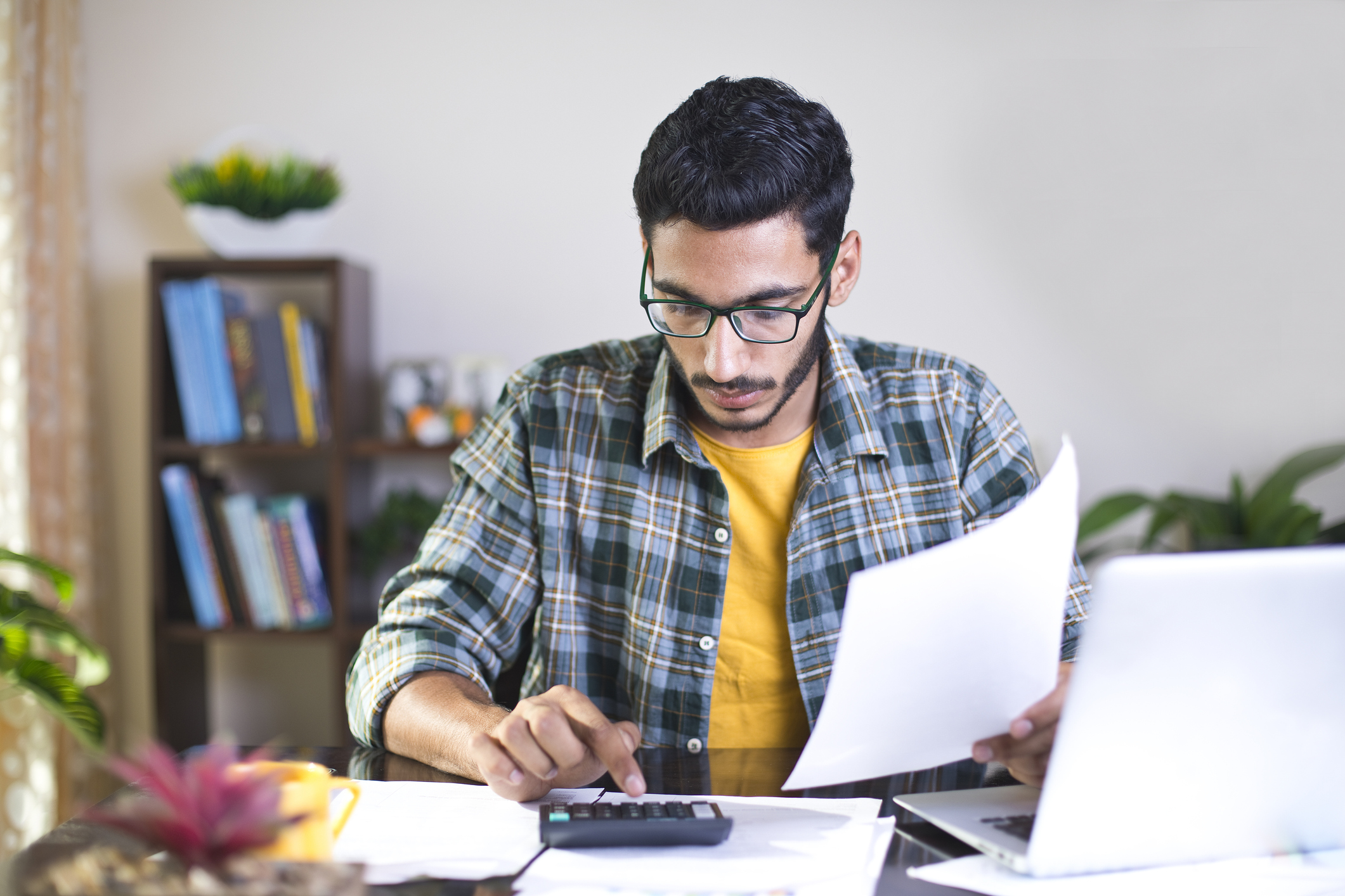 Refinancing your student loans - is it right for you? | dollargeek.
