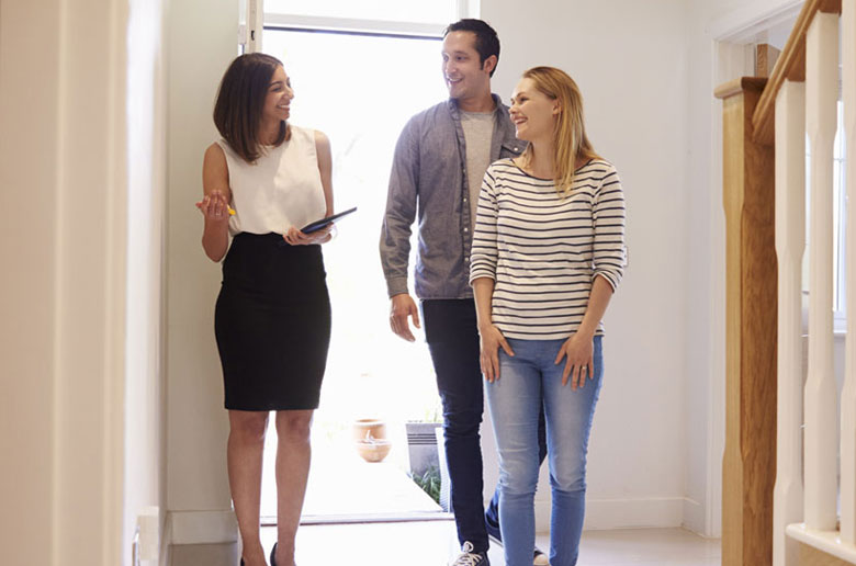 Talking to a conveyancer for a property sale