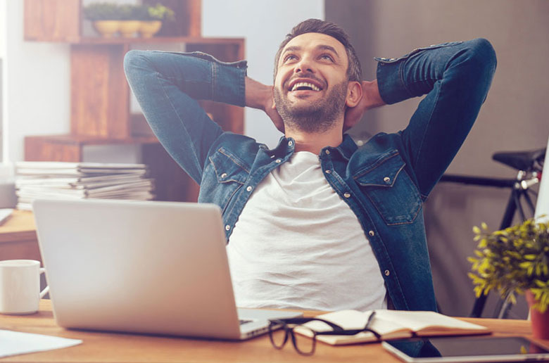 Man happy with his 100% online e-conveyancing process
