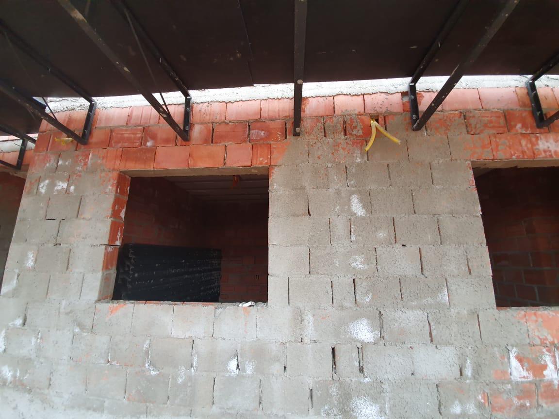 Eflorescência em Alvenaria Estrutural de Tijolo Cerâmico com Chapisco