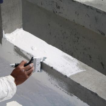 Como resolver infiltração na laje com cerâmica?