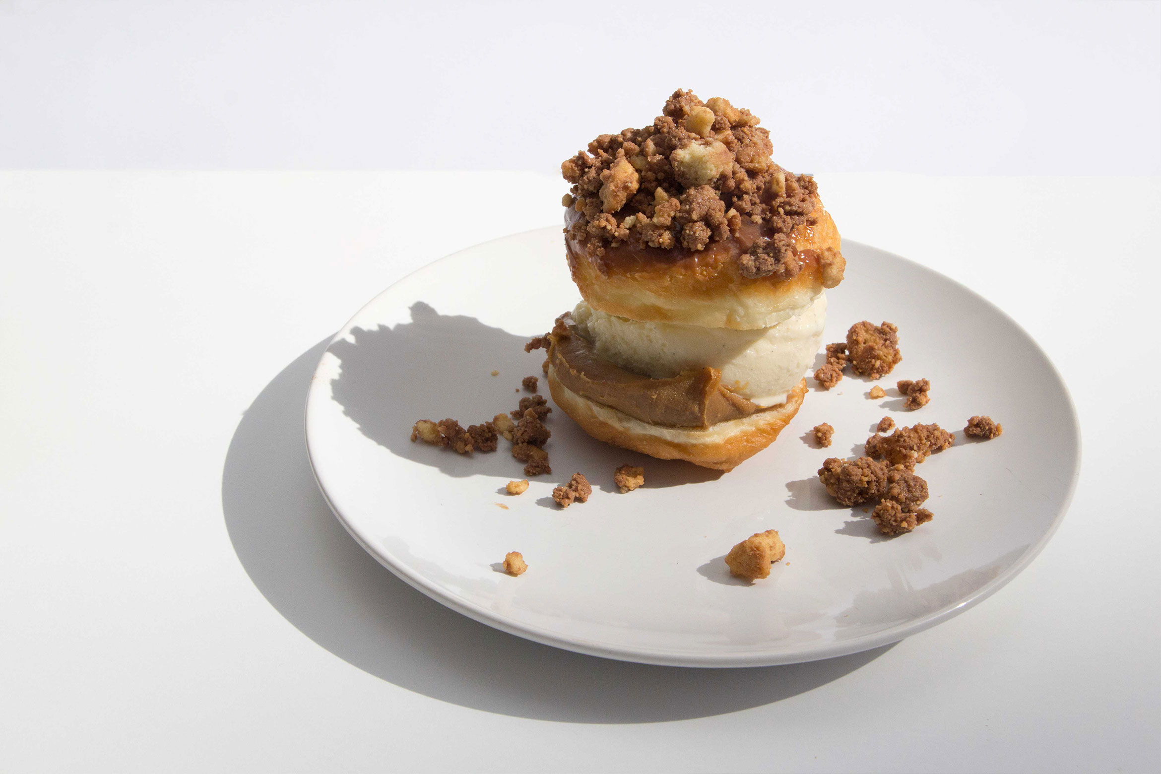 DUNCAN'S DOUGHNUT BAR - Messina gelato filled doughnuts for Sydney Festival