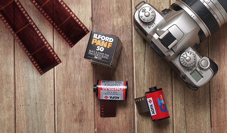 Mail Order Film Developing 35mm B&W 220 120 film roll developing by mail
