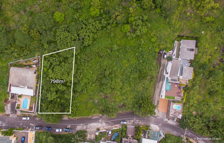 Residential land for sale at Morcellement Villaz, Black River