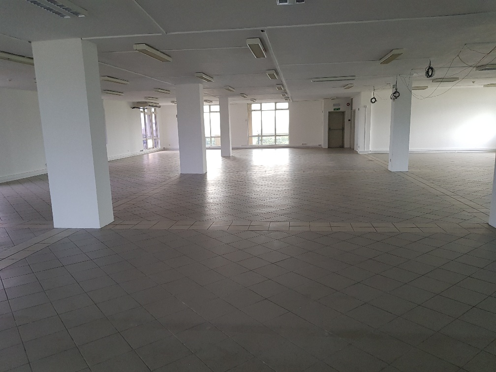 Prime office space of 585m2 for rent at Quatre Bornes