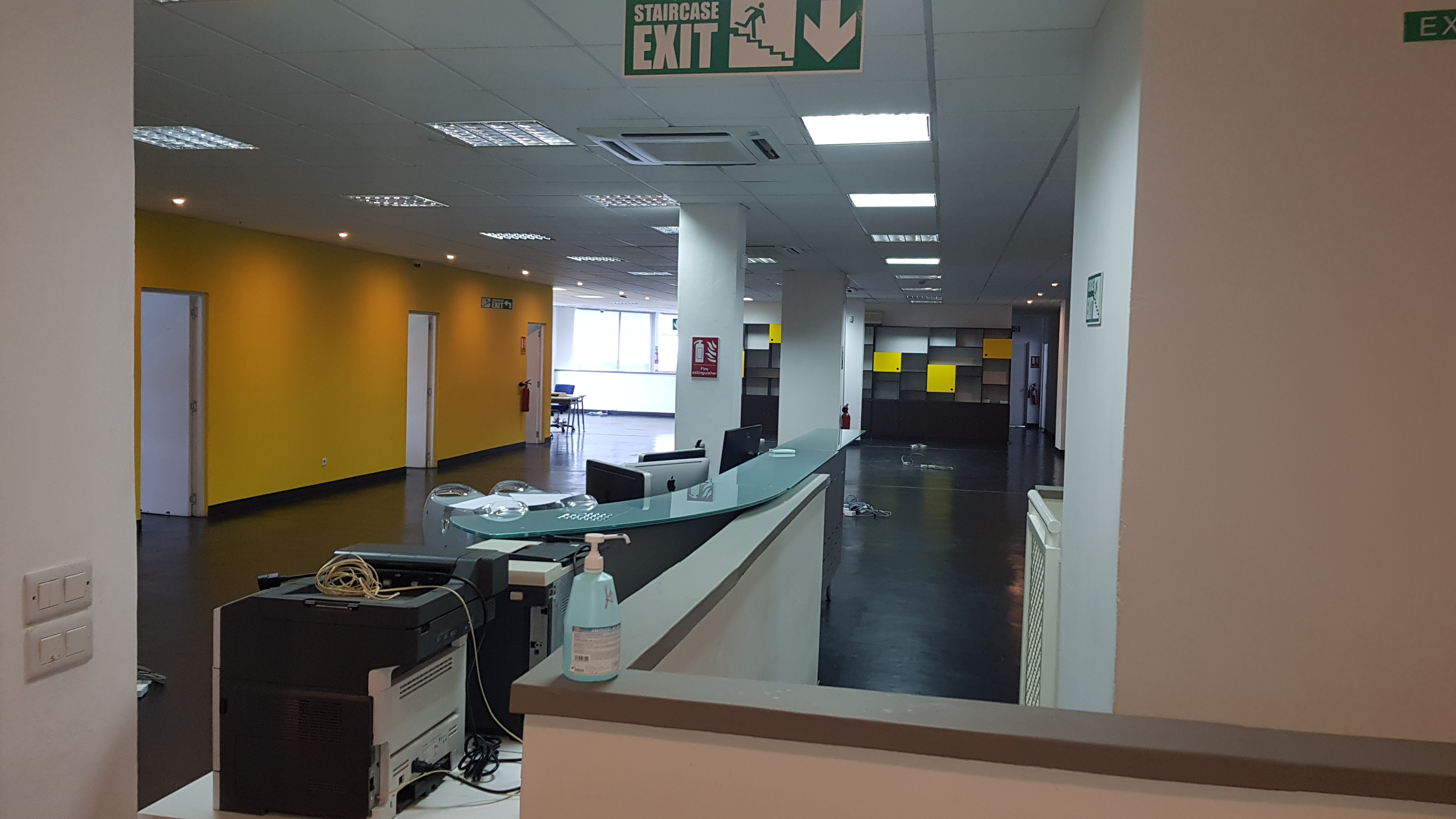 Fitted-out office space of 526 m² for rent  - Cassis, Port Louis