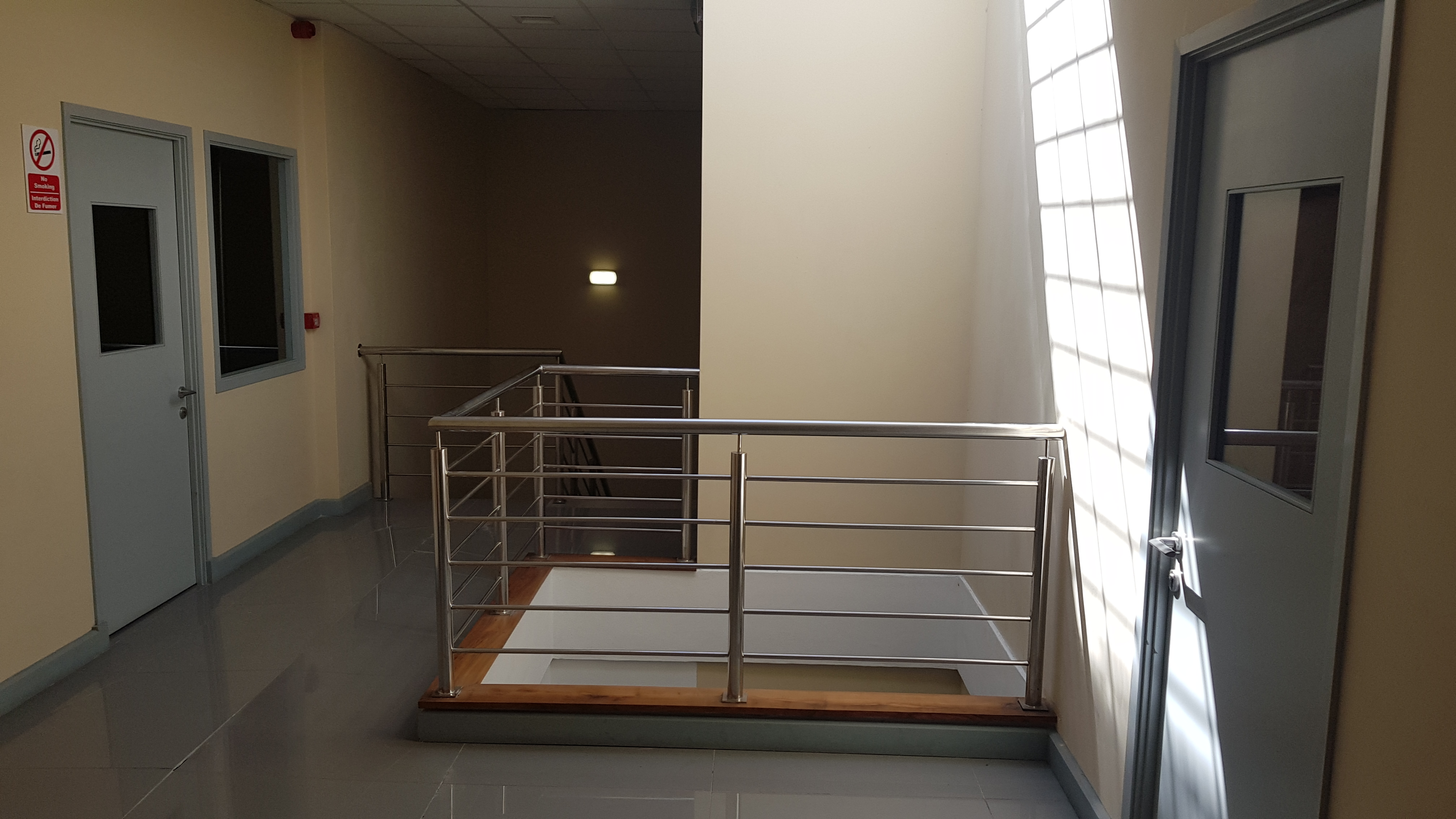Office or Commercial space of 51m² for rent on the second floor, at 3 SSR Street (rue desforges) Port Louis