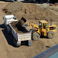 Dump Trucks, Construction
