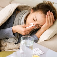Weeklysafety.com exclusive bonus holiday safety meeting topic that reminds employees and their families why seasonal flu prevention is so important, the common symptoms of the flu, what to do if you get the flu and tips to keep in mind during the flu season.