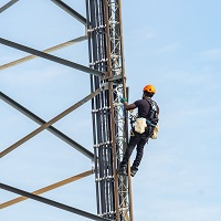 Weeklysafety.com exclusive safety meeting topic for tower climbers in any organization that can be used in addition to (not in place of) required safety training and focuses primarily on preparation before the climb and PPE requirements.