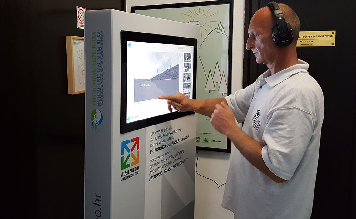 Interactive Exhibition - Intuiface Software