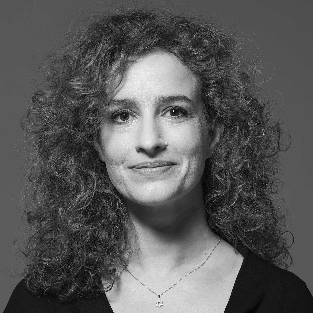 Zsofia Balatoni, Co-founder of Uniomedia in Hungary