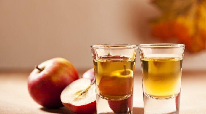 Giấm táo có thể trị các loại mụn khác nhau kể cả mụn gạo. (nguồn: Internet)