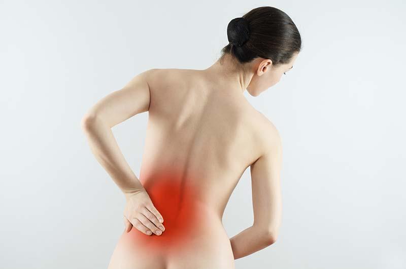 Đau lưng bên trái phía dưới gần mông là dấu hiệu bệnh gì