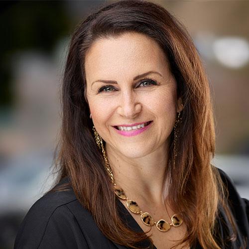 Julie Lupo